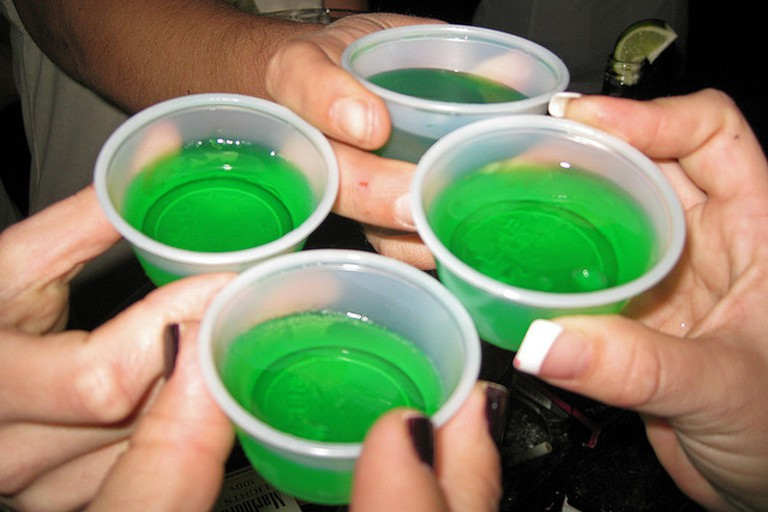 Jello shots | © Beau/Flickr