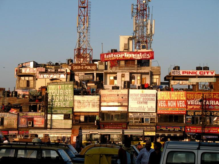 Typical string of budget hotels, Paharganj, New Delhi ©farfalinaem/wikicommons