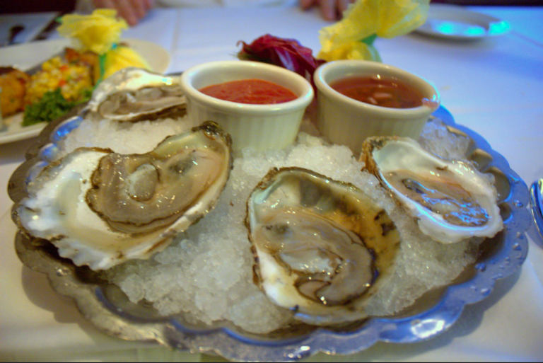 Capital Grille Oysters|©Krista