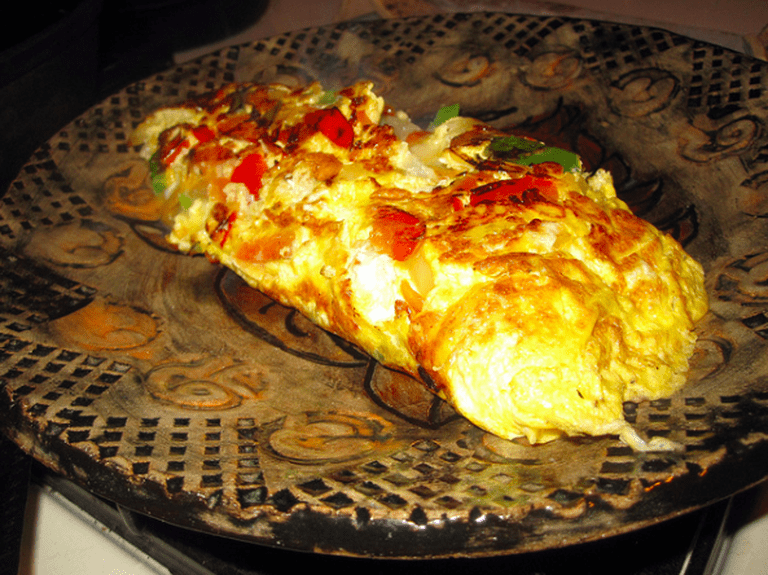 Vegetable and cheese omelet