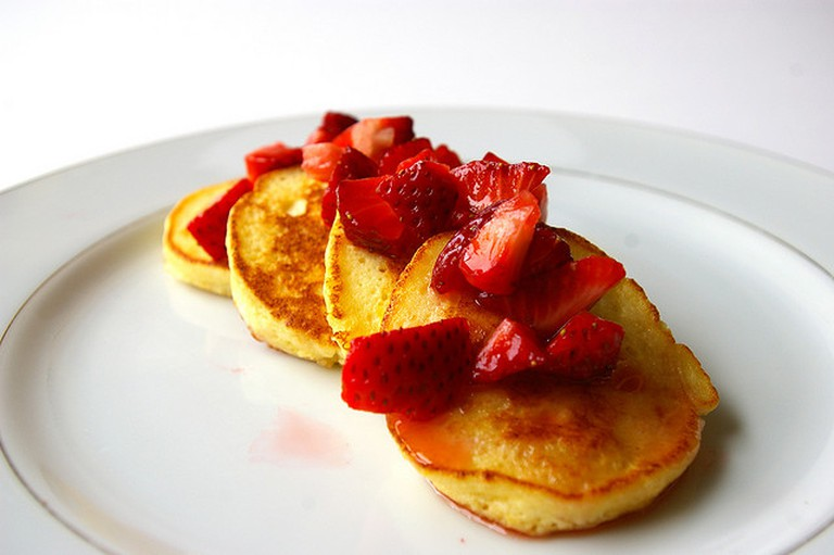 Lemon Ricotta Pancakes | ©Patent and the Pantry/Flickr