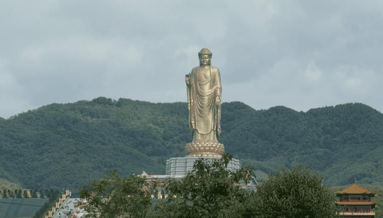 Spring Temple Buddha | © Zgpdszz/Wikipedia