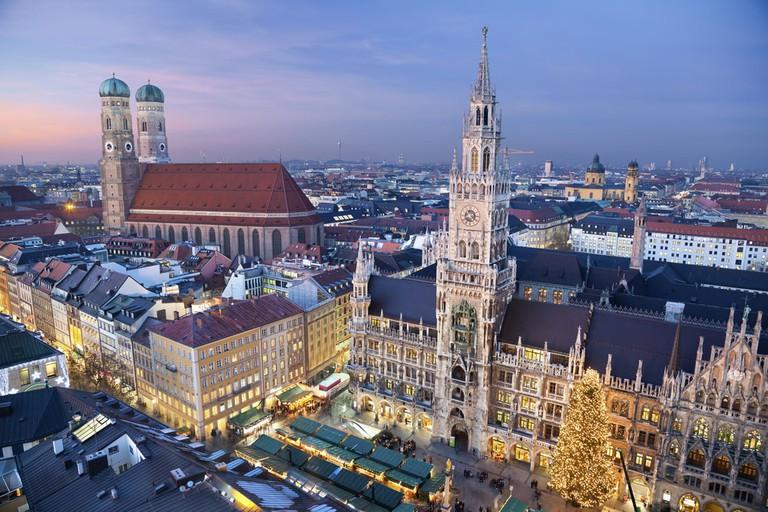 Munich decorated for Christmas | © Rudy Balasko/Shutterstock