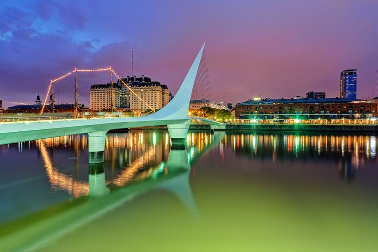 Puerto Madero district of Argentina capital city Buenos Aires © Vladimir Nenezic / Shutterstock