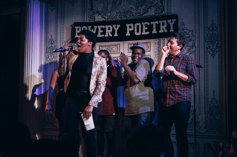 Ashley August Hosts Bowery Slam at Bowery Poetry | © Nicole Fara Silver