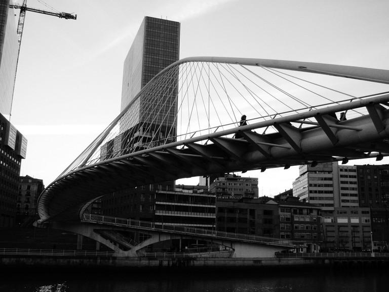 Bilbao - Pasarela ZUBIZURI | © Lauren Manning