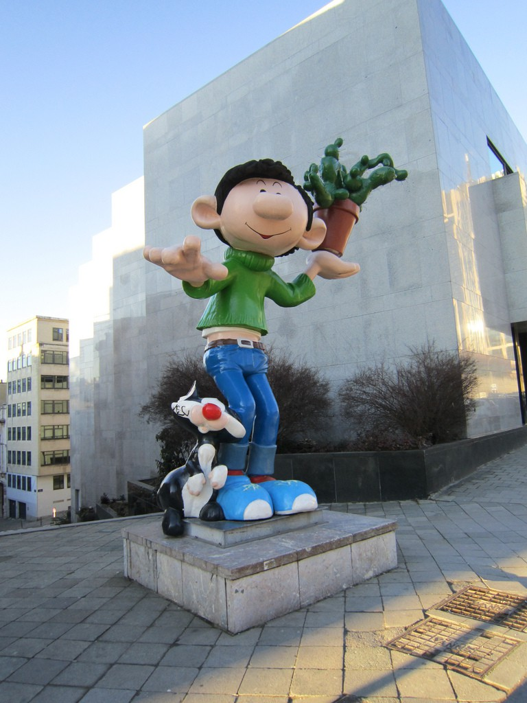 the statue of Gaston Lagaffe, in front of the Centre Belge de la Bande Dessinée|© Eoghan Olionnain