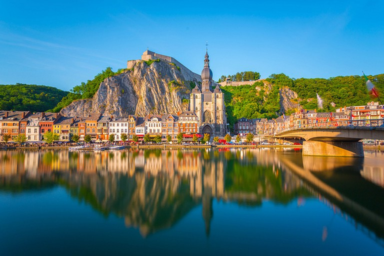 Dinant reflected | @ Jiuguang Wang/Flickr