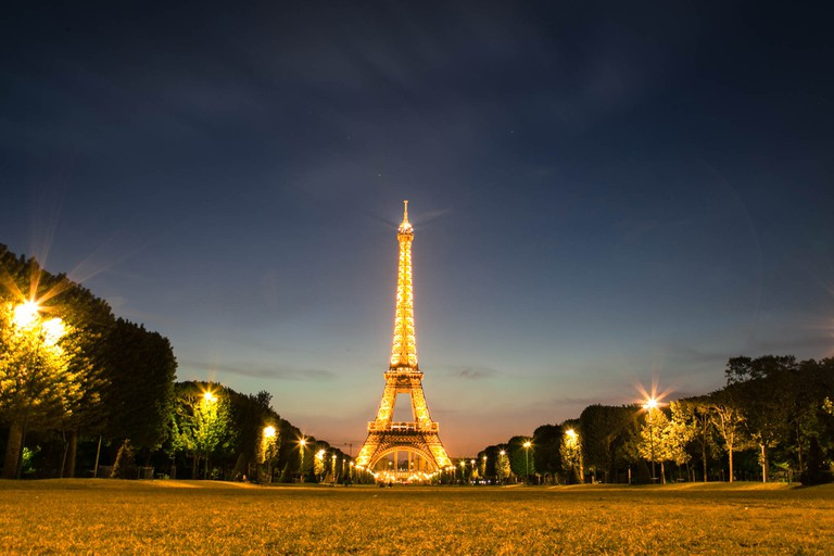 Sunset, Eiffel Tower | © Cristian Menghi/Flickr