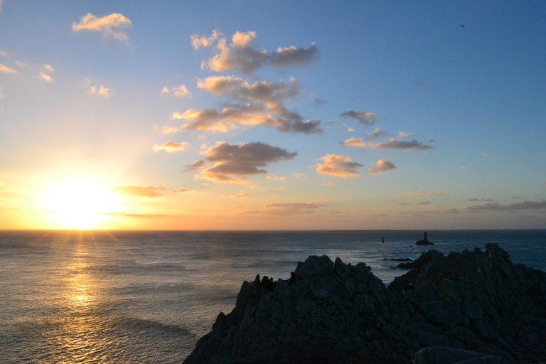 View of the sunset from Pointe du Raz, Brittany, France |© Hristos Fleturis
