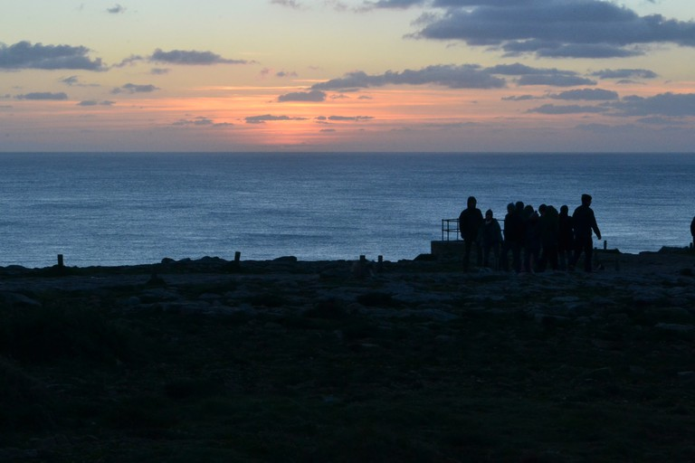 Tourists at Pointe du Raz |© Hristos Fleturis