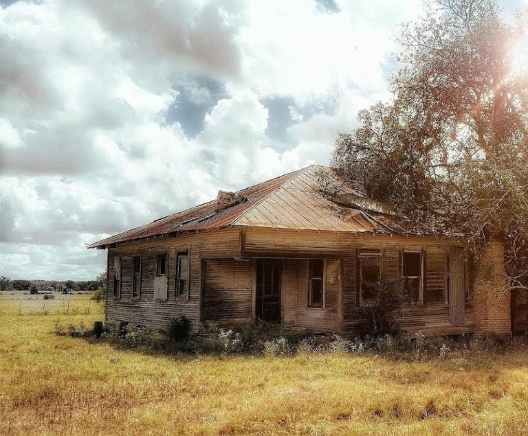 Abandoned House | © Stacey Pumo