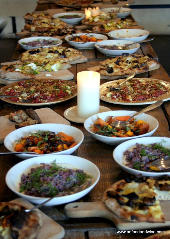 Mingle with locals over food | © onfoodandwine