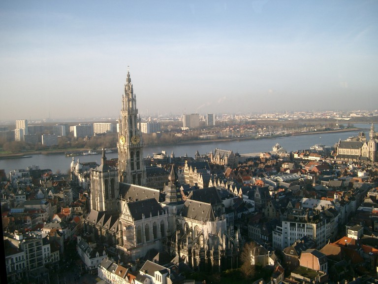 A view of Antwerp and the Scheldt | © Fuss/WikiCommons
