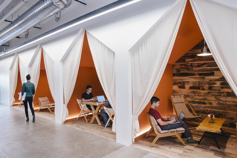 Airbnb Camping Meeting Rooms |© Courtesy of Officelovin