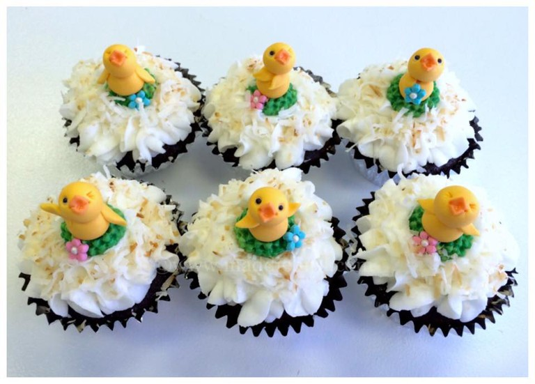 Easter-Themed Cupcakes | Courtesy of Maddiebird Bakery