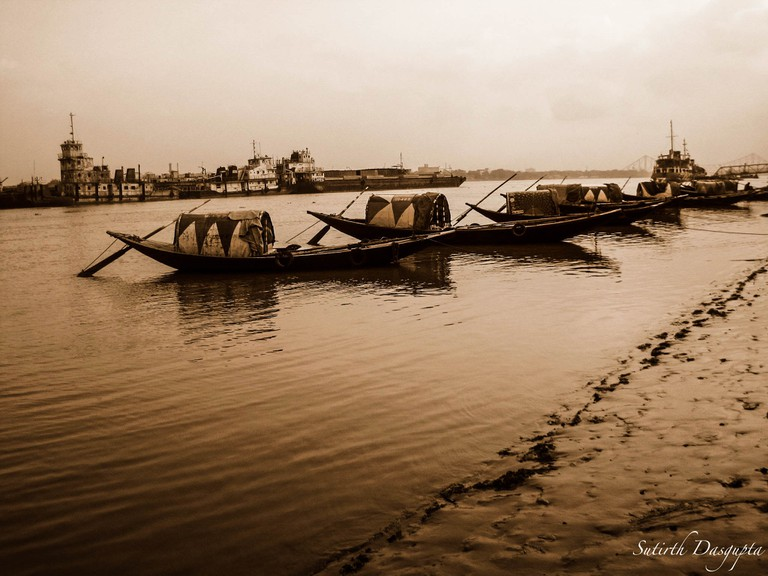 The Boats and Ganges | © Sutirth Dasgupta