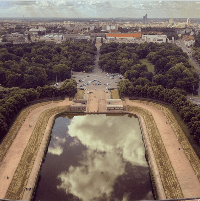 This is another view from the platform at the Völkerschlachtdenkmal monument. I love the clouds in this big mirror.