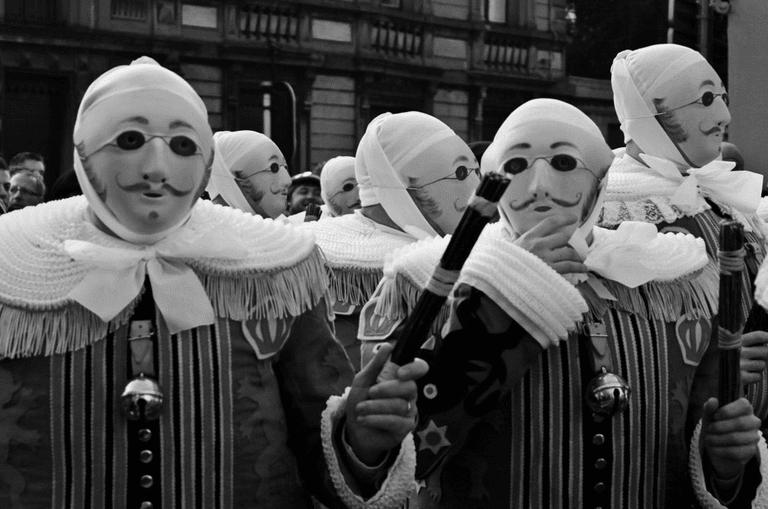 Gilles de Binche | © hedhoodphoto/Flickr