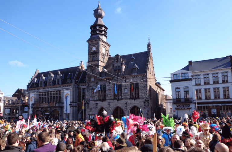 Shrove Sunday on the main square| Courtesy of Camille Delmarcelle