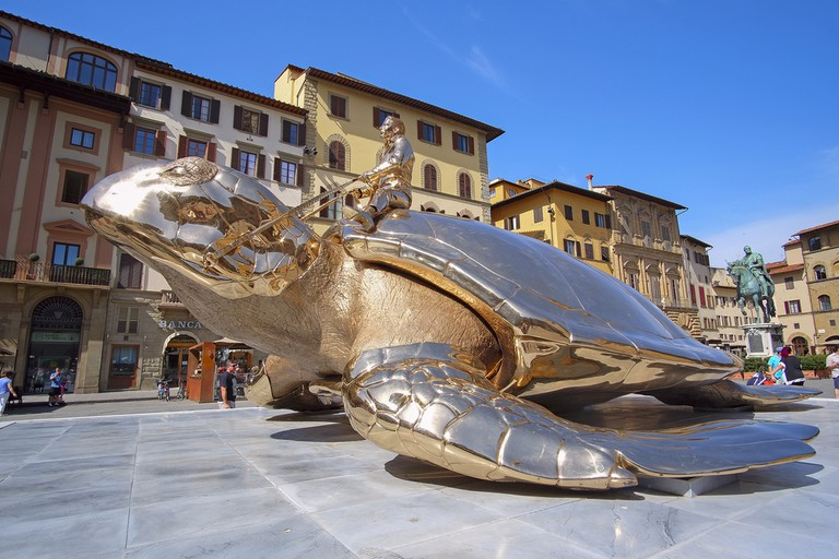 monument of the golden turtle near the Palazzo Vecchio in Florence, Italy