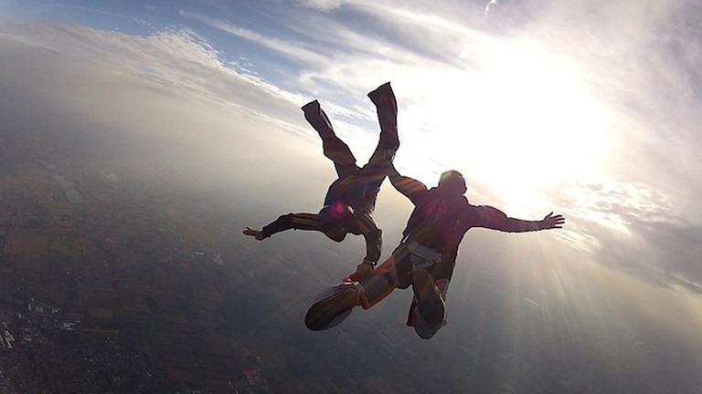 Skydiving in France