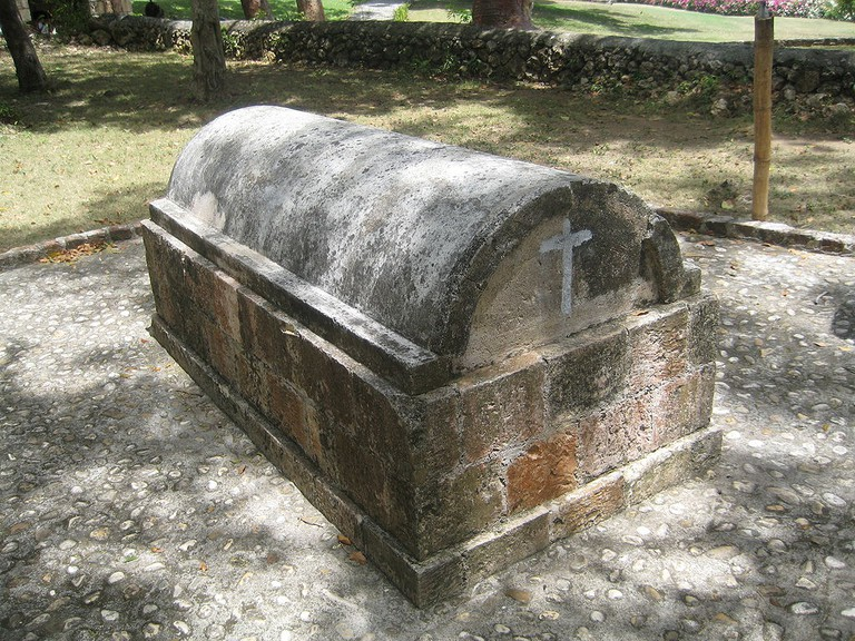 Tomb of Annie Palmer