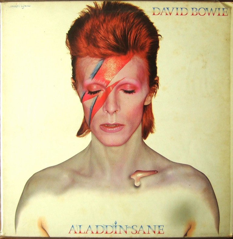 Aladdin Sane cover (cropped photo)