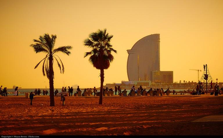 Barcelona Beach Sunset | © Moyan Brenn/Flickr
