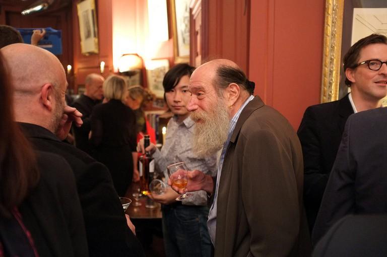 Lawrence Weiner (center) | © FontFont/Flickr