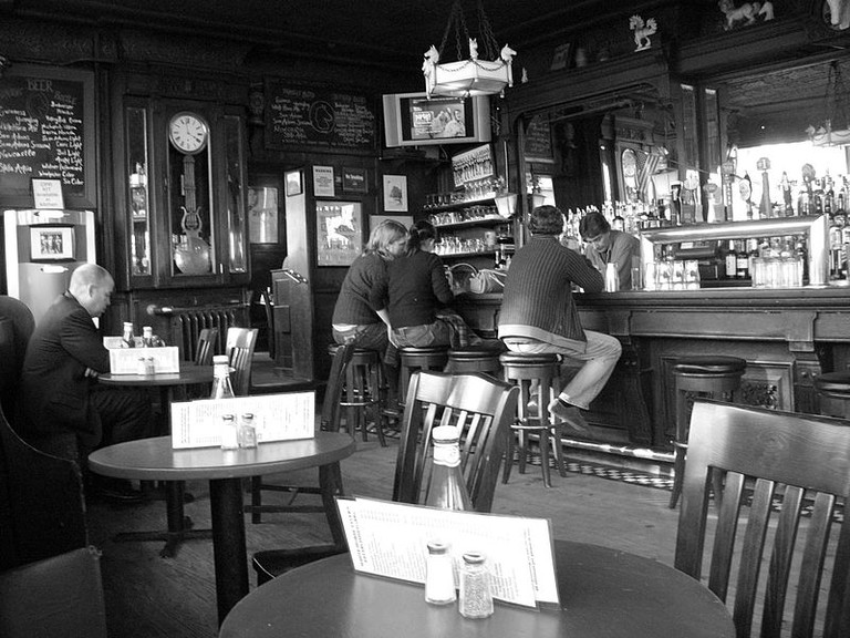 Another Drinking Hole in New York | © SreeBot/WikiCommons