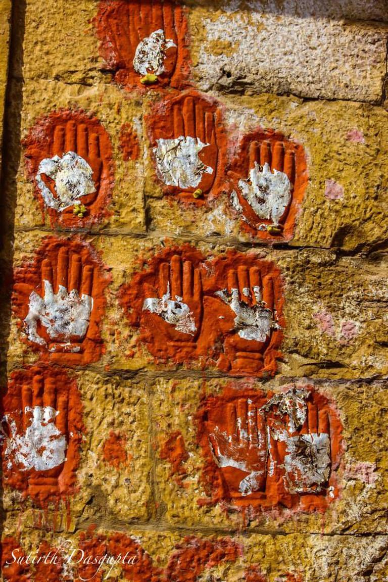 Sati Hand Prints | © Sutirth Dasgupta