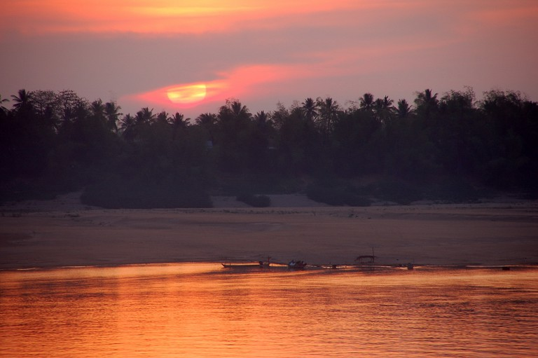 Sunset in Kratie I © Corto Maltese 1999/Flickr