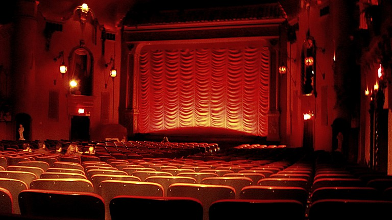 Music Box Theatre | © JoAnna Dornick/Flickr
