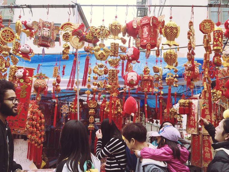Vendor selling decorative pieces | © Yoojin Shin, All Rights Reserved