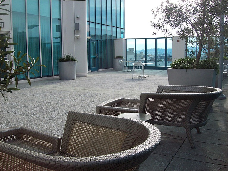Cozy lounge chairs greet the public at The Intercontinental Hotel's open space at 888 Howard Street. © Sylvie Sturm
