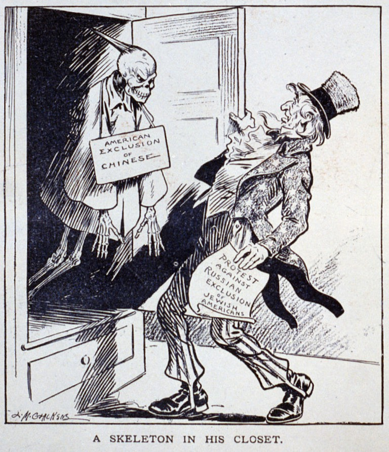 "Editorial cartoon ""A Skeleton in His Closet"". Uncle Sam holding paper ""Protest against Russian exclusion of Jewish Americans"" and looking in shock at Chinese skeleton labeled ""American exclusion of Chinese"" in closet @ L.M. Glackens/Public Domain"