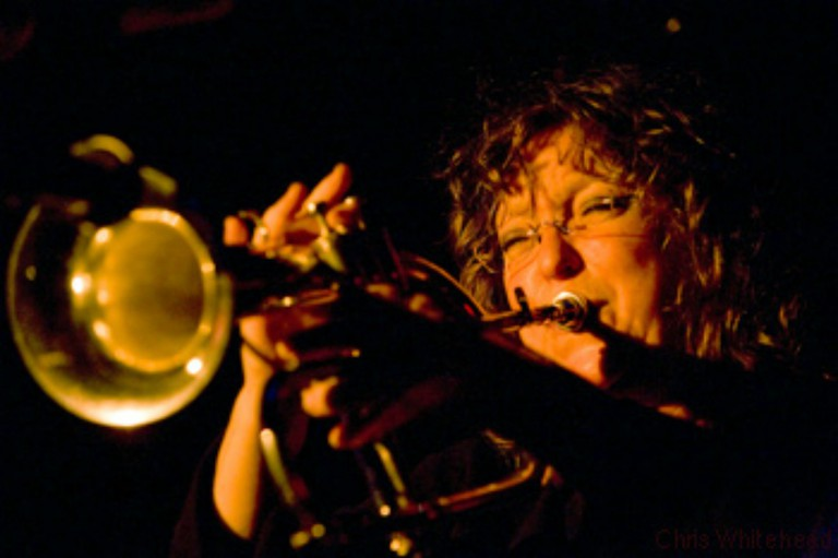 Pam Fleming, New York trumpet and flugel horn player plays Terra Blues on Bleeker Street in New York| © Chris Whitehead/wikicommons