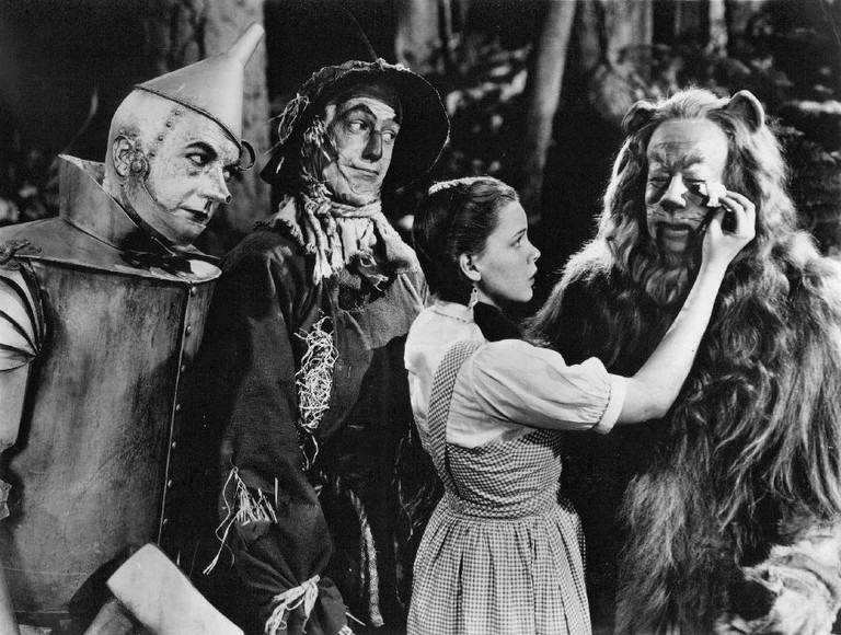 Publicity photo of The Wizard of Oz | © CBS Television Network/WikiCommons