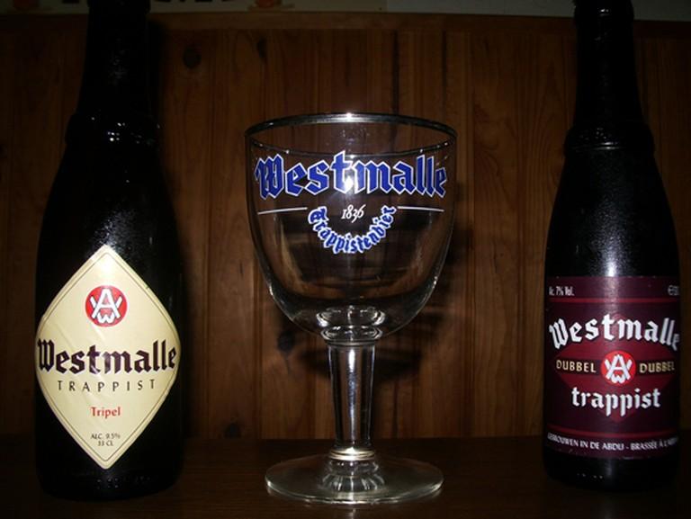 Westmalle beer 1-WikiCommons/https://upload.wikimedia.org/wikipedia/commons/4/4d/Westmalle_bières_et_verre.JPG
