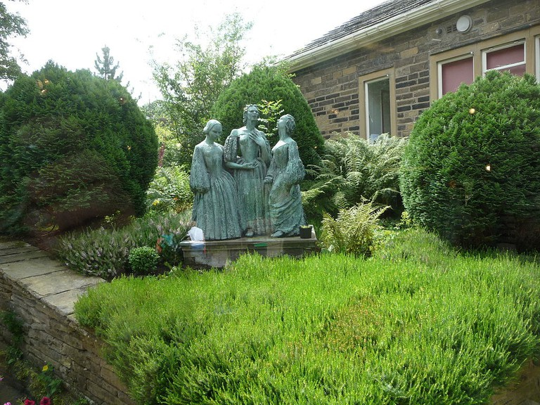Bronte Sisters / Wikicommons