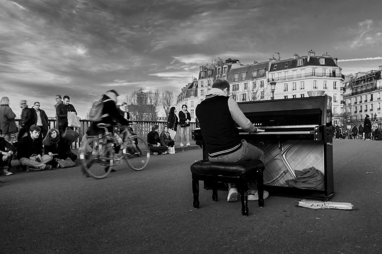 Street Concert in Paris | © Vincent Anderlucci/Flickr