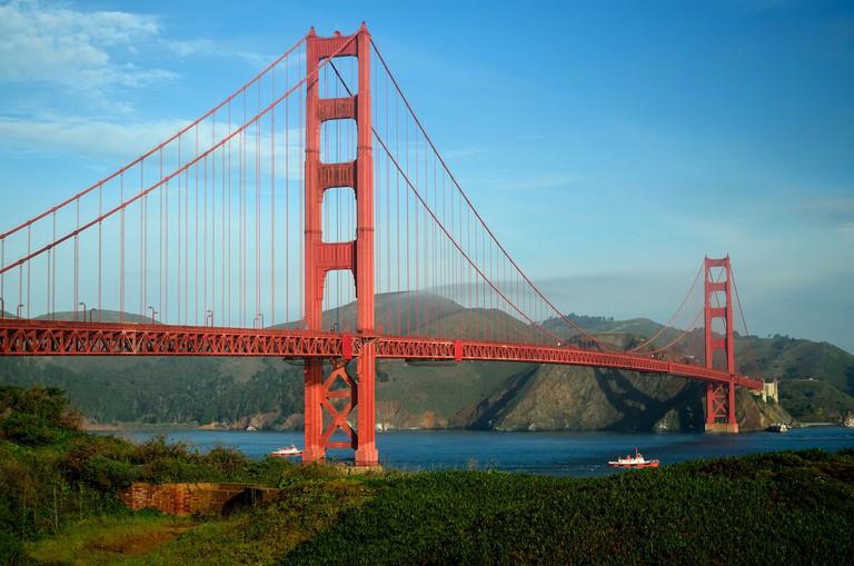 Golden Gate Bridge © Tom Hilton