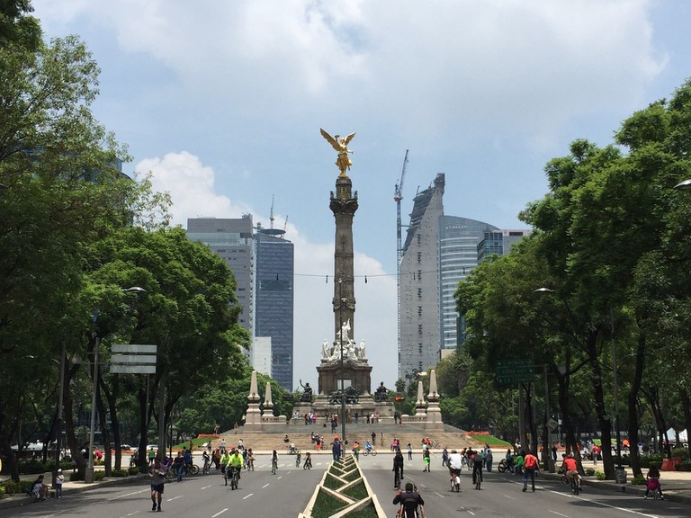Paseo de la Reforma | ©TJ DeGroat/Flickr