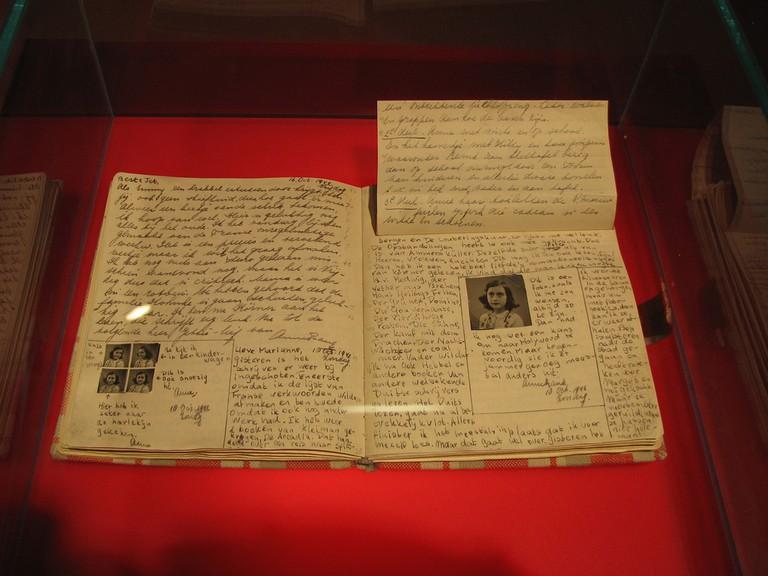 Anne Frank Diary at Anne Frank Museum in Berlin | © www.heatheronhertravels.com/Flickr