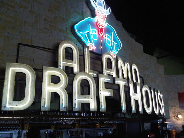 Alamo Drafthouse   © eng1ne/Flickr