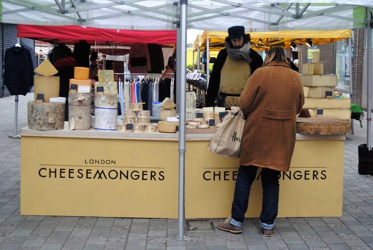 Cheesemongers at HiIldreth Street Market| © Alyssa Erspamer