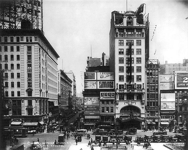 Palace theatre NYC | © WikiCommons