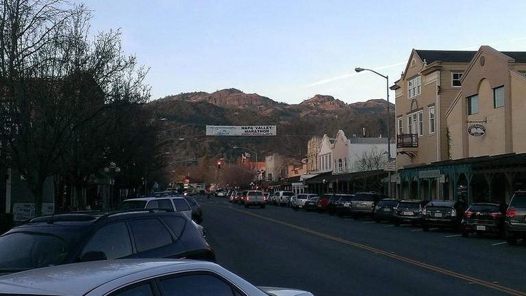 Downtown Calistoga © JayWalsh/Wikipedia