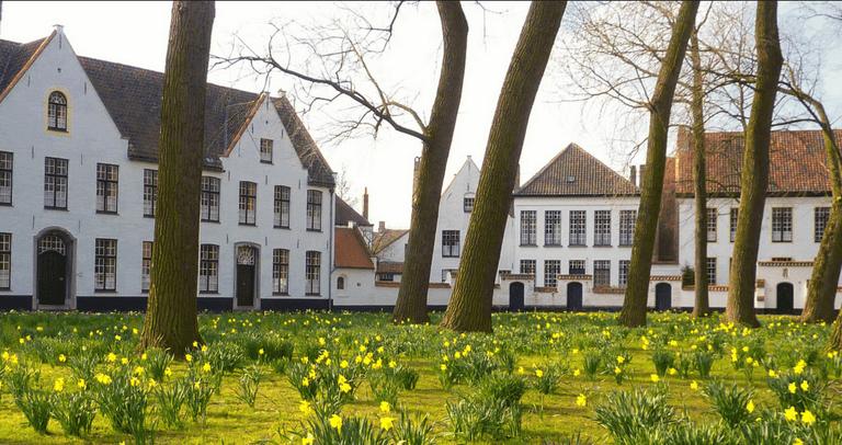 Bruges - Beguinage| Eric Huybrechts/Flickr